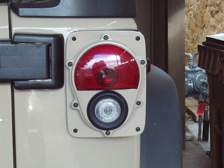 Click image for larger version  Name:Wrangler Tail Light 18.jpg Views:122 Size:222.6 KB ID:3810578