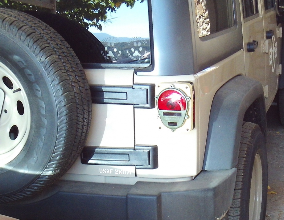 Click image for larger version  Name:Wrangler Tail Light 2.jpg Views:114 Size:228.3 KB ID:3810842