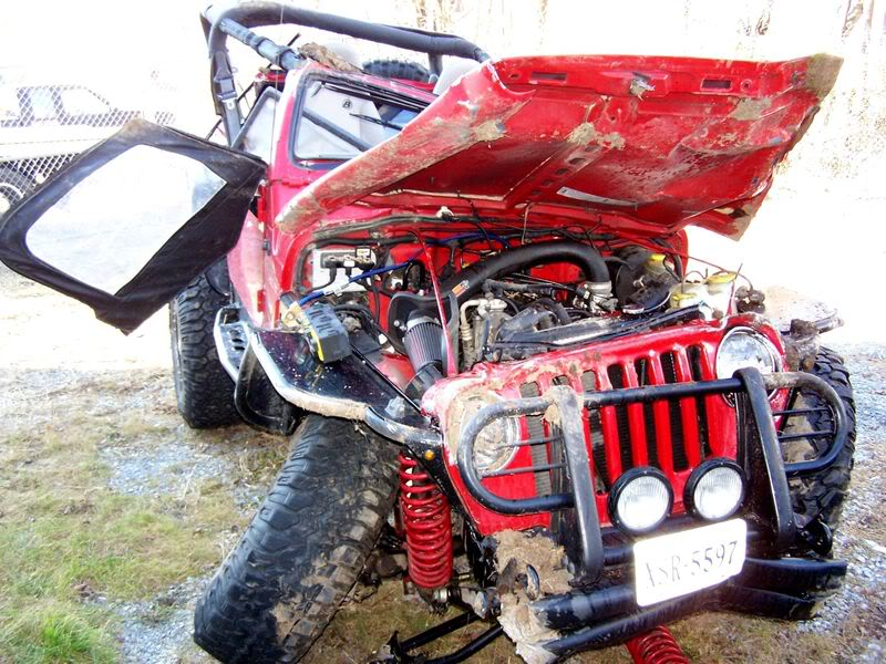 Click image for larger version  Name:WRECKED JEEP (2017_11_20 00_38_12 UTC).jpg Views:24 Size:118.8 KB ID:4156757