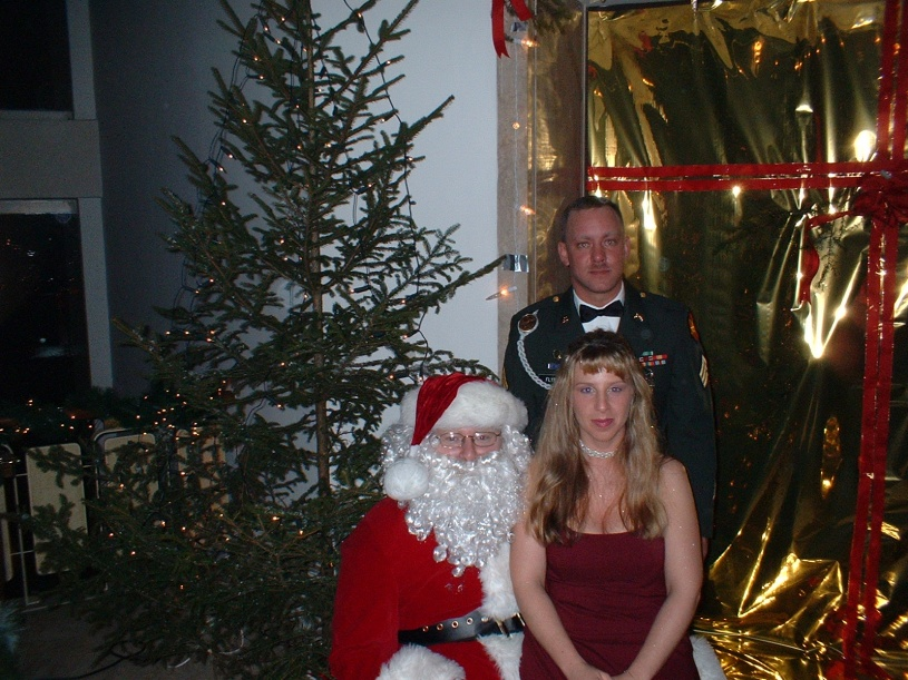 Click image for larger version  Name:x-mas ball 03.jpg Views:98 Size:232.1 KB ID:90003