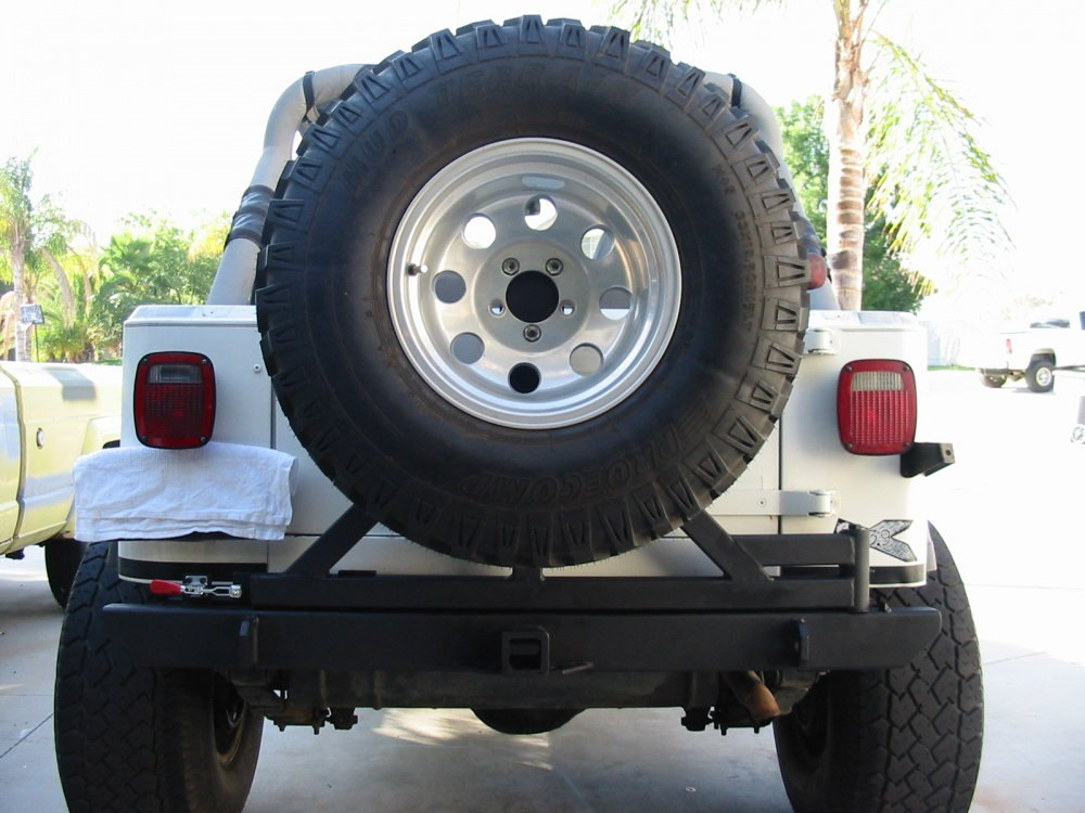 Click image for larger version  Name:YJ bumper rear 005.jpg Views:61 Size:214.6 KB ID:22018