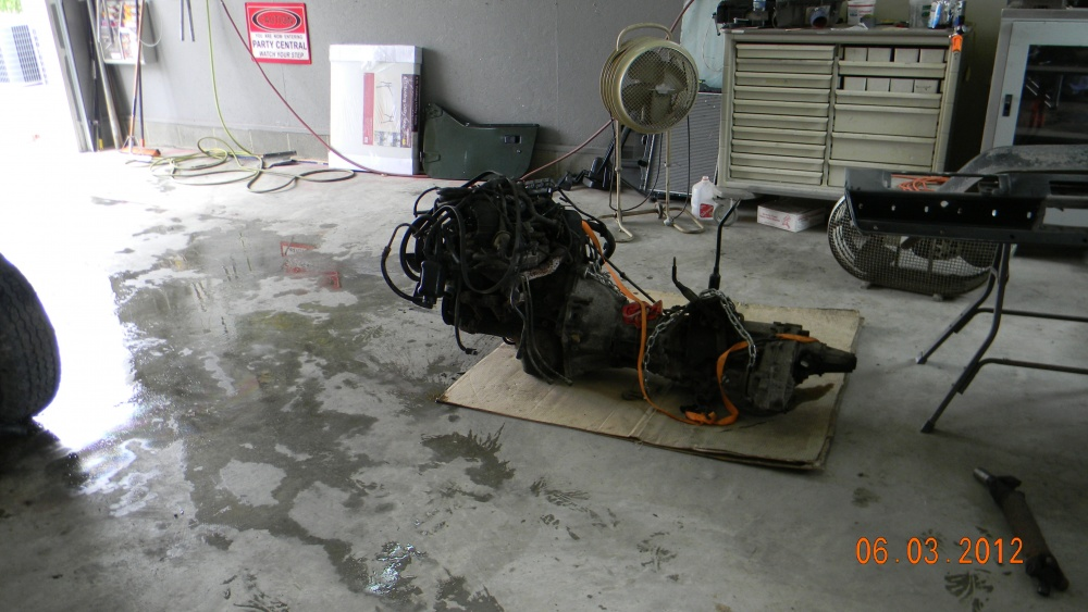Click image for larger version  Name:yj TEAR DOWN 002.jpg Views:69 Size:197.4 KB ID:128672