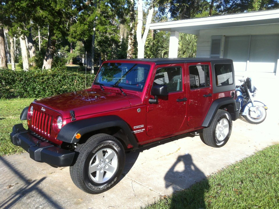 2013 Jeep Wrangler Unlimited Sport Cherry Red