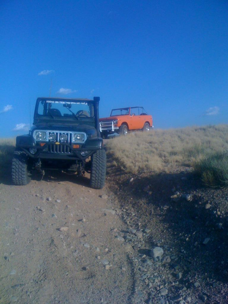 A Day In The Dirt For A Scout And A Yj