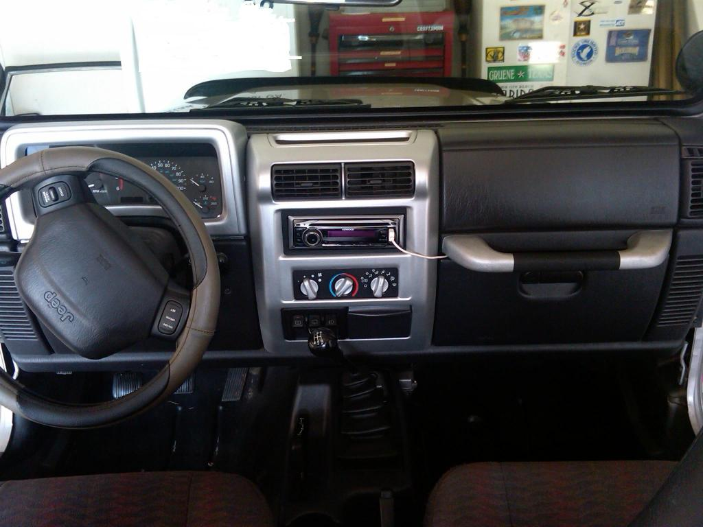 Dash View Front