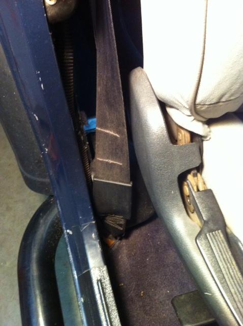 1993 jeep wrangler seat belts