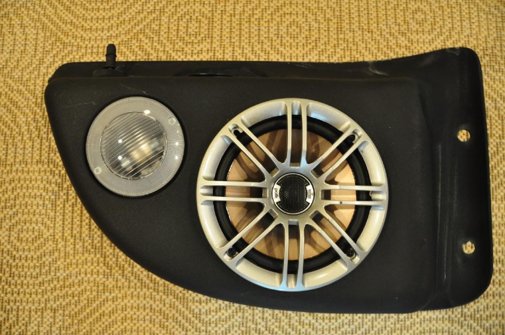 Replace Rear Speakers In 04 Tj